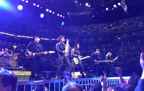 REVIEW: Bruce Springsteen tour rocks through Boston