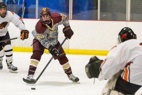 Boys' hockey seniors reflect positively on record-breaking season