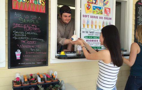 REVIEW: Summer, sun call for a trip to Trombetta's Farm Ice Cream