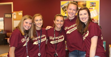 Upperclassmen welcome incoming freshmen at orientation