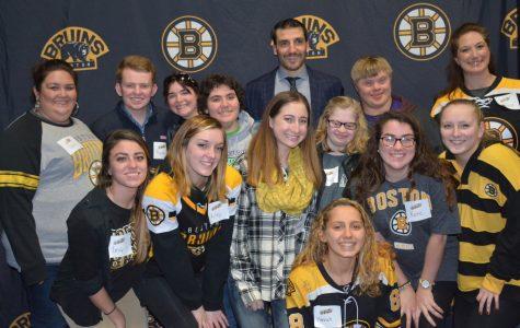 Patrice Bergeron invites Best Buddies to Bruins hockey game