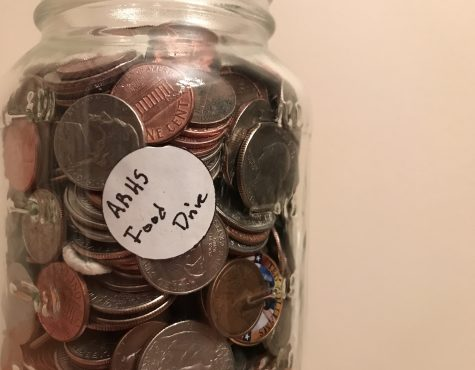 Student Council collects change to drive change for local food pantry