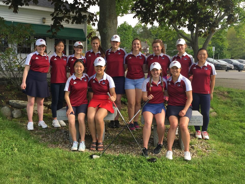 Although+not+a+well+known+Algonquin+sport%27s+team%2C+girls%27+golf+had+a+season+filled+with+success.+