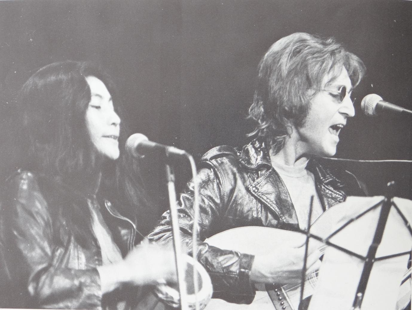 John Lennon and Yoko Ono perform