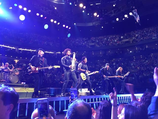 Bruce+Springsteen+and+the+E+Street+Band+from+left%3A+drummer+Max+Weinberg%2C+guitarist+Nils+Lofgren%2C+saxophonist+Jake+Clemons%2C+Bruce+Springsteen%2C+guitarist+Steve+Van+Zandt%2C+guitarist+Patti+Sciafla.