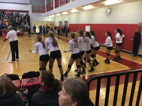 Girls' volleyball serves their way to district finals