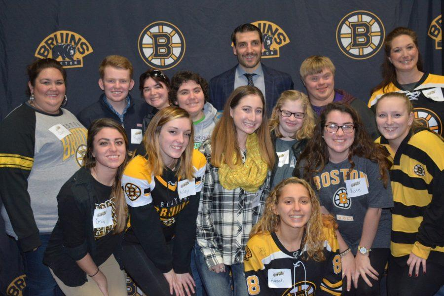 Members+of+Best+Buddies+pose+for+a+picture+with+Bruins+player+Patrice+Bergeron.