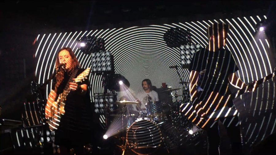 The+British+pop+band+%27Slowdive%27+gave+a+surprisingly+exemplary+performance.++