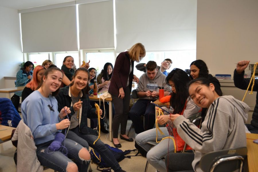 Seniors bring back the art of knitting with the help of math teacher Elizabeth Dore and focus study teacher Lynn Dorsey.