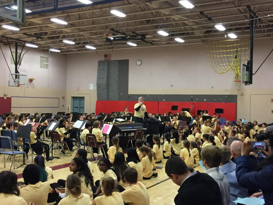String-O-Rama+gave+string+musicians+from+grades+three+to+12+the+unique+opportunity+to+perform+together+for+an+audience+on+January+15.