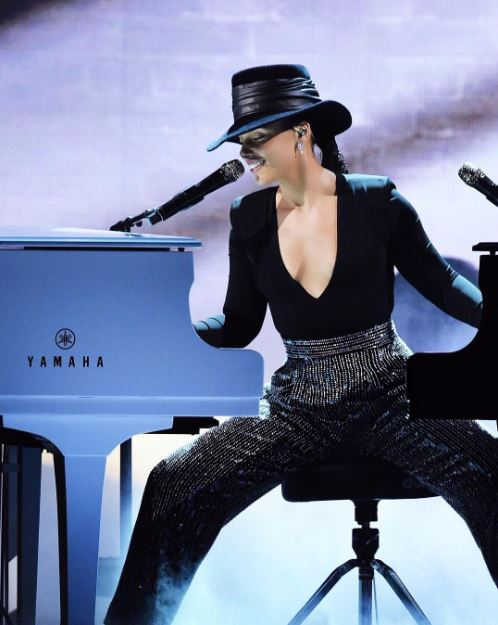Alicia Keys rendition of music