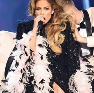Jennifer Lopez's Motown tribute