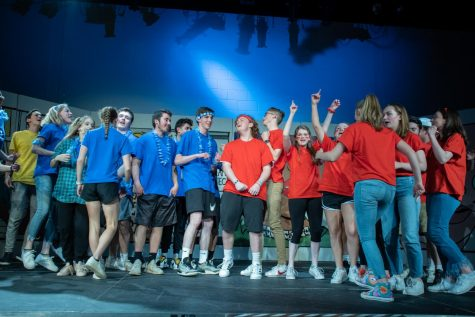 Variety show dazzles audience with wide range of talents