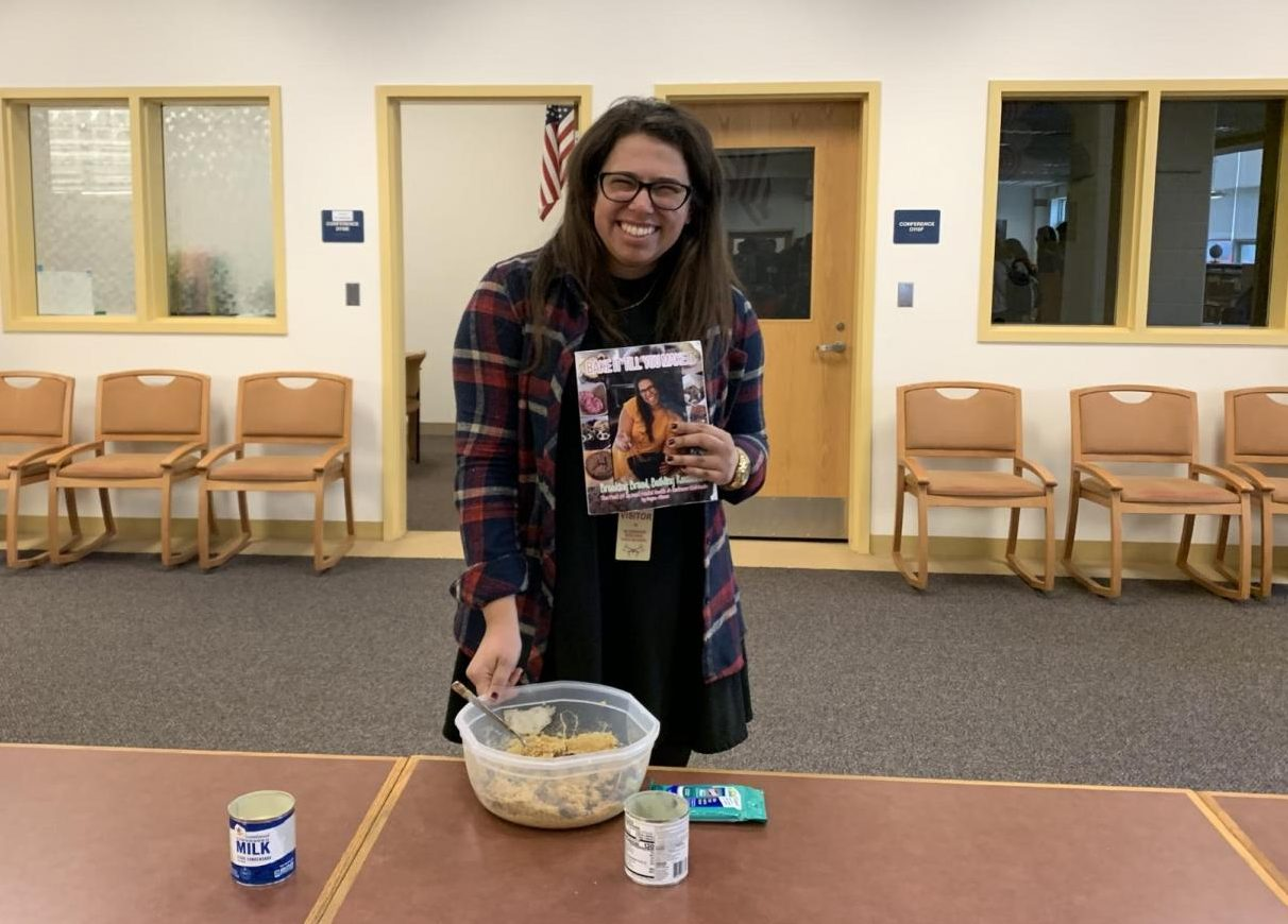 Dayna Altman, a graduate of the class of 2010, spoke about mental health and her cookbook on Nov. 14 in the library.