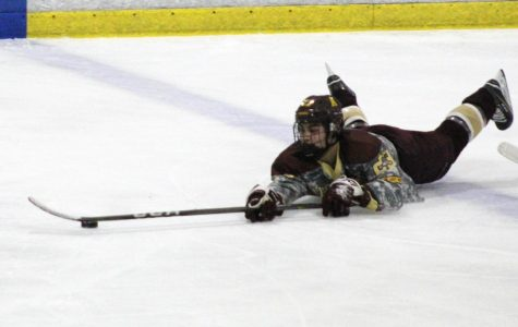 Boys' Ice Hockey
