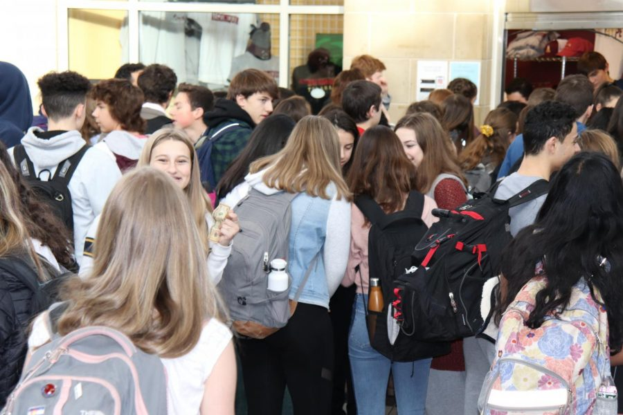 Students wait for Chik-fil-a from the school store and socialize with friends during the mindful moment block. Staff Writer Shakila Sivarajan writes that this new 10 minute block has given her and many other students a time to destress and reorganize during a busy school day.