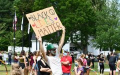 Navigation to Story: Community comes together in support of Black Lives Matter movement