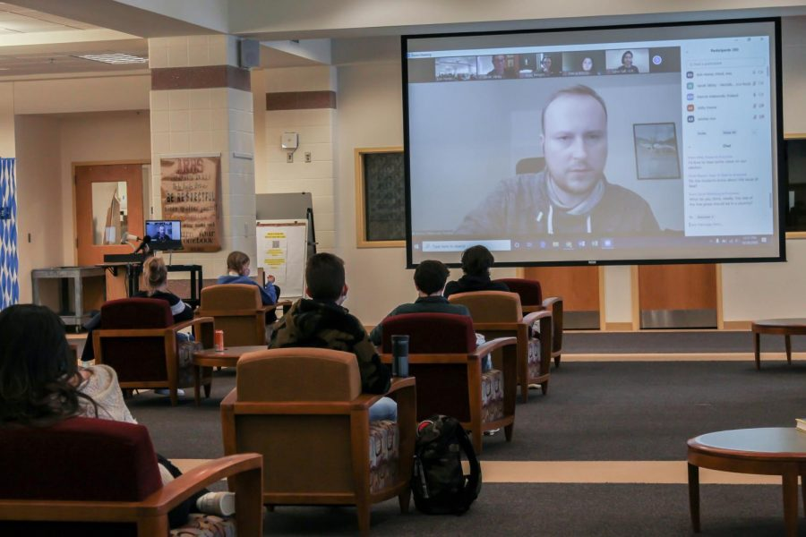Journalist Marcin Makowski from Poland answers student questions during the panel.
