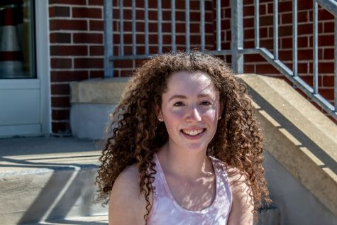 Senior Anna Riordan took part in a virtual medicine internship through Tufts University to explore future careers involving her passion for animals.