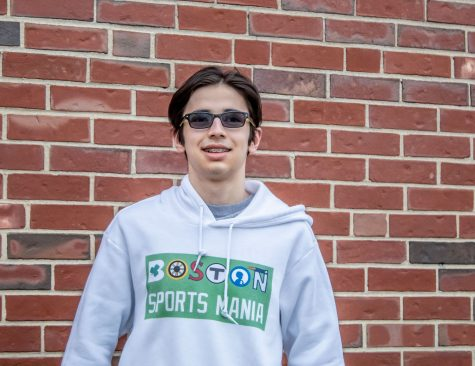 For seven years, junior Andrew Roberts has been sharing his passion for sports on his successful blog Boston Sports Mania, for which he has received media recognition.