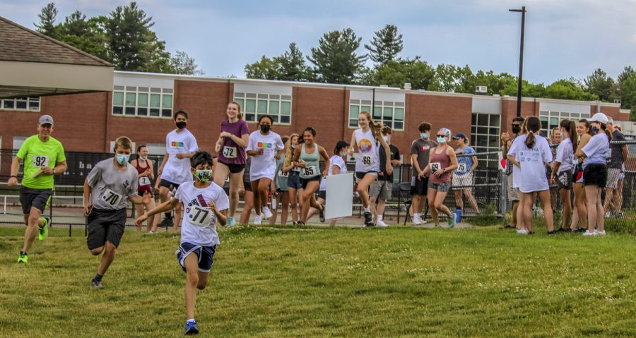 Many showed up to support the fundraiser for autism. There was an option to do either the 5k or a mile.
