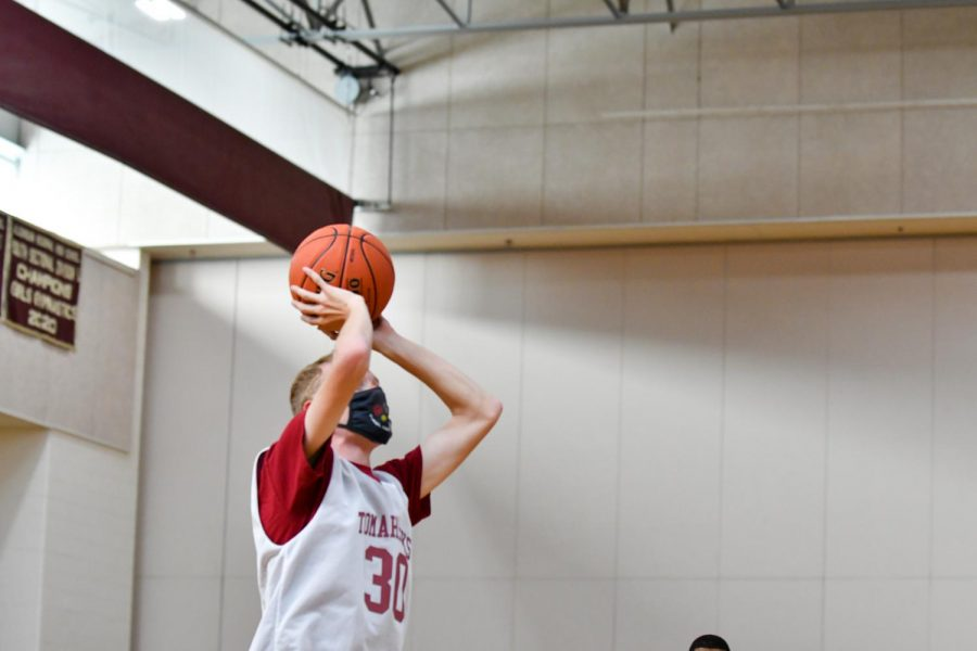 1021 Unified Basketball-3-Owen-Jones